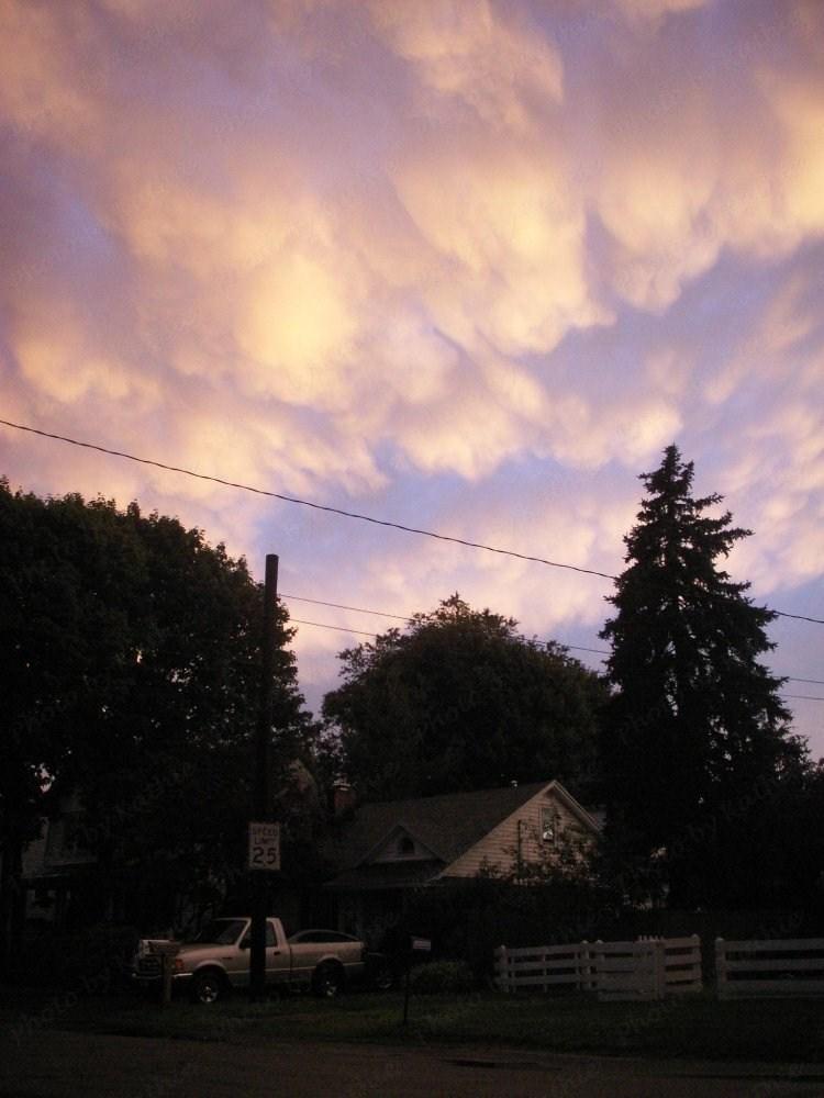 Clouds: 6/26/2009
